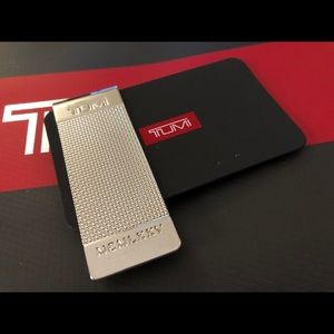 TUMI - Silver money clip